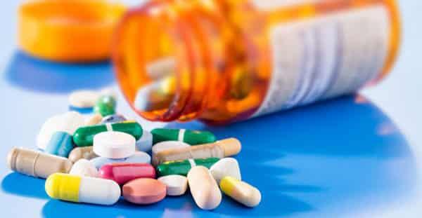 التوقف عن الأدوية - أسباب السمنة - الدكتور إيهاب فضل - استشاري جراحة السمنة والمناظير - مدرس الجراحة العامة - كلية الطب جامعة عين شمس