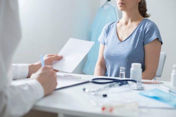تشخيص سرطان الثدي - تشخيص أورام الثدي - الفحص السريري - الدكتور إيهاب فضل - استشاري جراحة السمنة والمناظير - مدرس الجراحة العامة - كلية الطب جامعة عين شمس