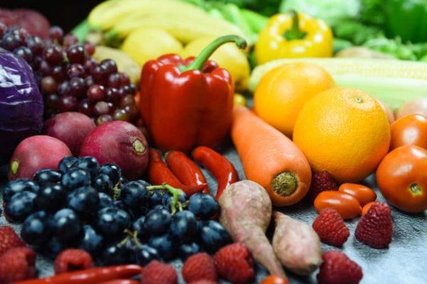 الأطعمة الصحية التي يمكن أن يتناولها المريض بعد الانتهاء من النظام الغذائي بعد تحويل المسار المصغر - الخضروات والفواكه - الدكتور إيهاب فضل - استشاري جراحة السمنة والمناظير - مدرس الجراحة العامة - كلية الطب جامعة عين شمس