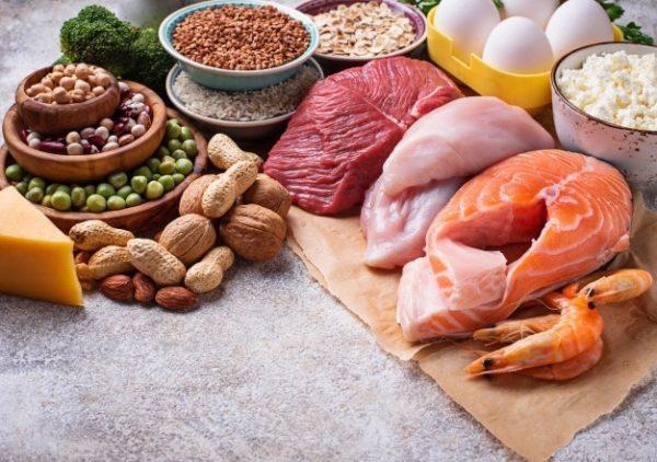 الأطعمة الصحية التي يمكن أن يتناولها المريض بعد الانتهاء من النظام الغذائي بعد تحويل المسار المصغر - البروتينات - الدكتور إيهاب فضل - استشاري جراحة السمنة والمناظير - مدرس الجراحة العامة - كلية الطب جامعة عين شمس